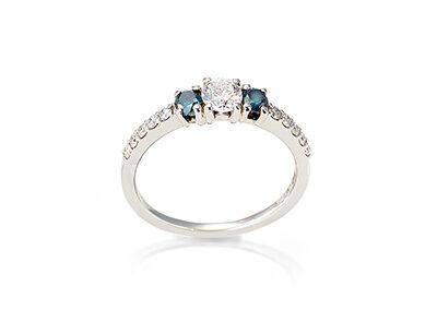 Ring 18kt Weißgold mit weißem und blauen Brillanten